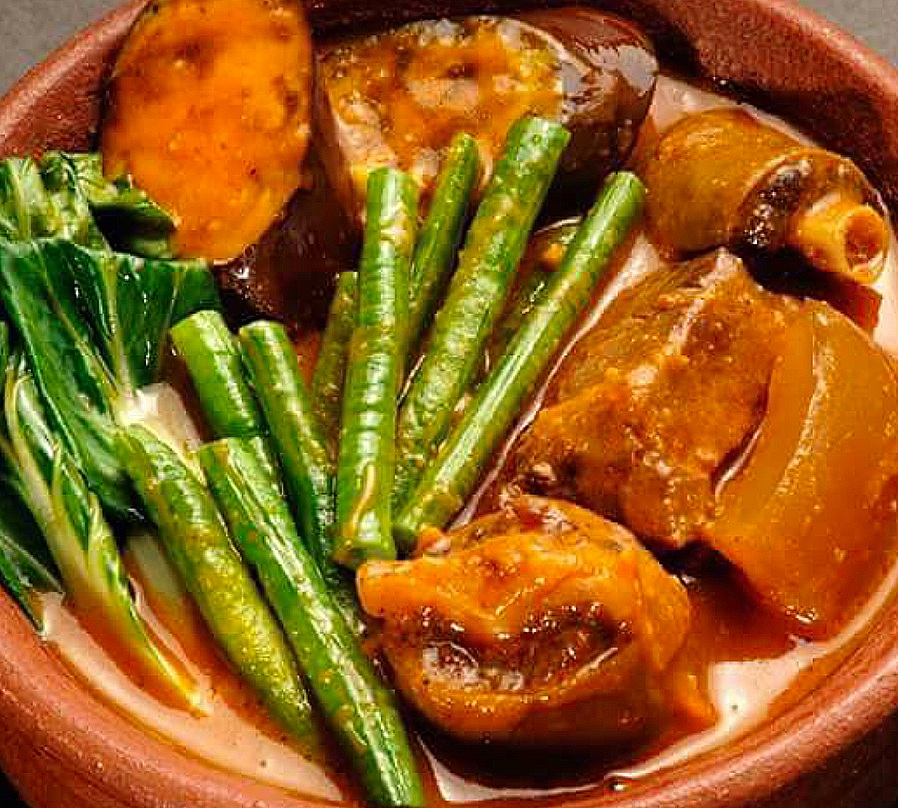Pork pata kare kare, kare kare recipe, pork kare kare,