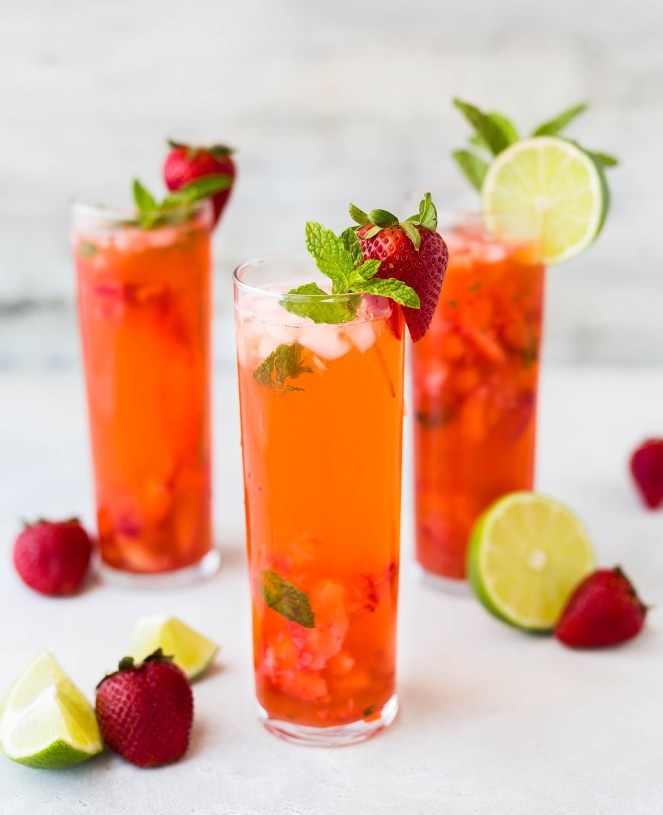 Sparkling Strawberry-Mint Limeade