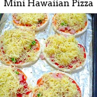 Quick and Easy Mini Hawaiian Pizza