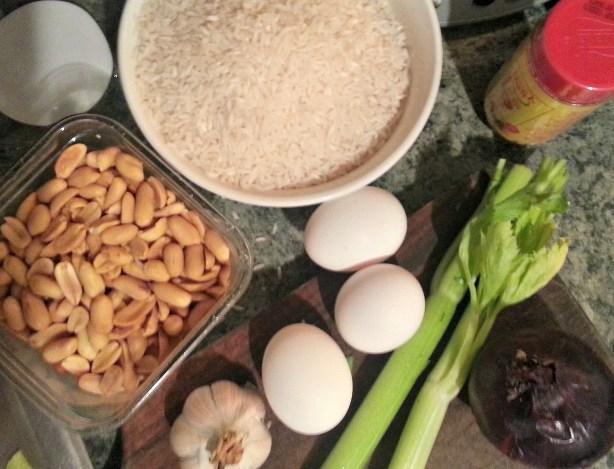 maní, arroz, huevos, apio, ajo