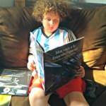 Max viaja a la Luna por Jeffrey Bennett {Reseña y #sorteo libro para niños en español}