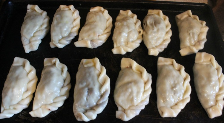 empanadas de morcilla, receta, paso a paso