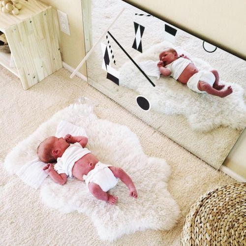 Juega con tu beb frente al espejo mam y maestra for Espejo para ver al bebe