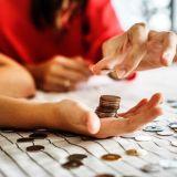 NISAとつみたてNISA、どっちを利用する?株式投資もしたいならNISA一択!