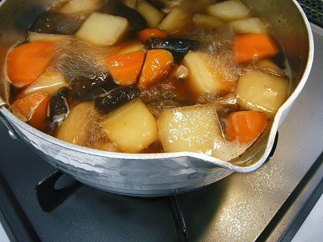 煮物を美味しく作るコツ!煮る前に炒めることちゃんとやってる?