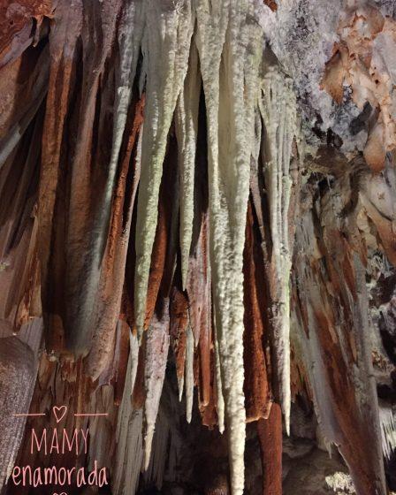 Cuevas o grutas del Águila.