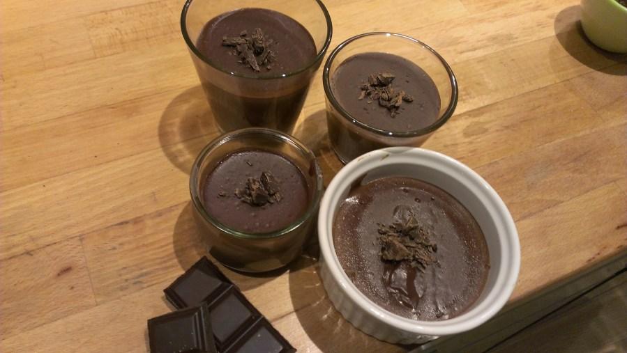 crème au chocolat en petits pots