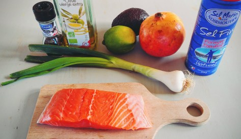 Ingrédients pour le tartare de saumon grenade avocat