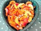 abricots, pêches et noisettes