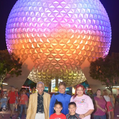Walt Disney World Vacation Series: Incredible Magical Fun for All at Magic Kingdom Park® and Epcot®