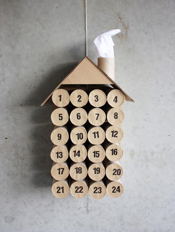 calendario de adviento con rollos de papel higinico