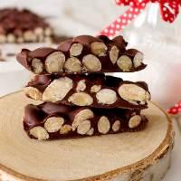 Croccante di mandorle al cioccolato