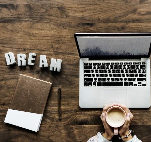 come si diventa blogger?