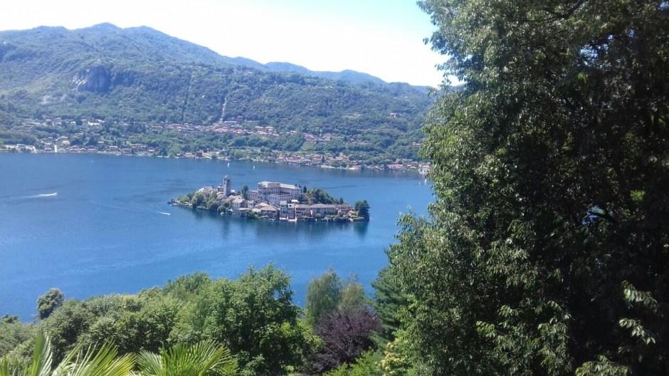 Dal Lago d'Orta al Lago Maggiore attraverso il Mottarone