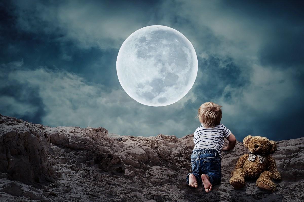 Influenza della luna sul parto