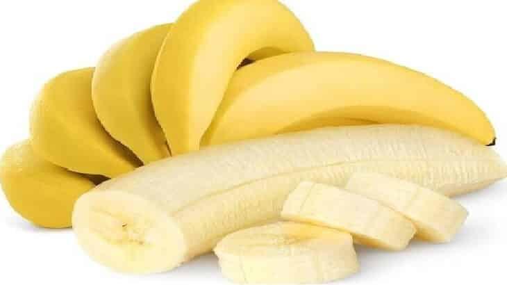 فوائد اكل الموز واضراره على جسم الانسان