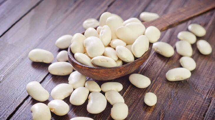 فوائد الفاصوليا البيضاء للصحة والبشرة