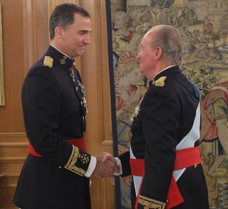 A tearful Felipe shakes his father's, Juan Carlos, hands after being proclaimed King of Spain. Photo: Casa Real Twitter