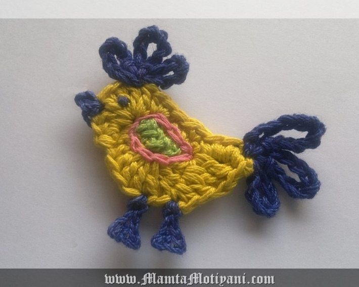 Crochet rooster applique pattern for easter decorations for Applique decoration