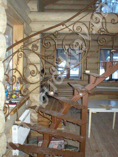 Лестницы винтовые фото и цены на изготовление винтовых ...