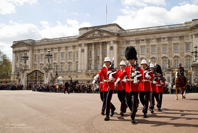 Buckingham Palace in ManAboutWorld gay travel magazine