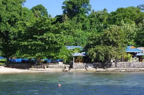 Menginap di Bunaken Resort