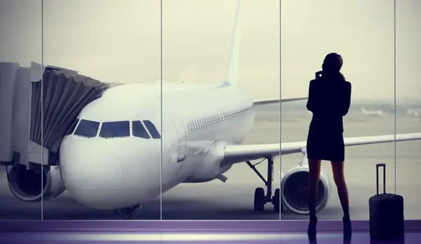 bercakap-cakap-di-bandara