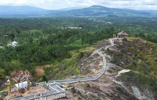 Bukit Kasih di Manado