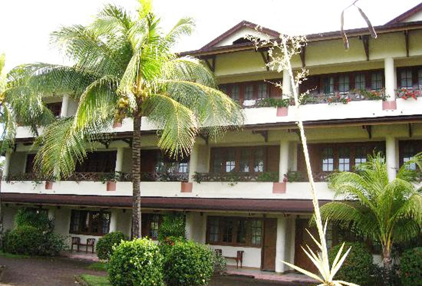 hotel di manado bintang 4 lengkap, hotel santika manado