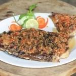 ikan bakar rumah makan dego-dego cafe manado