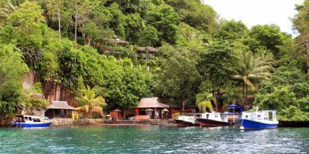 pulau lembeh, bitung