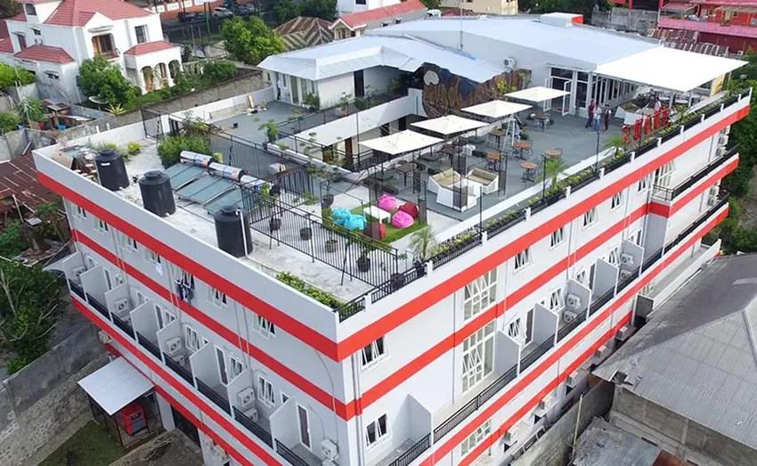 roof-avons-residence-manado-memukau