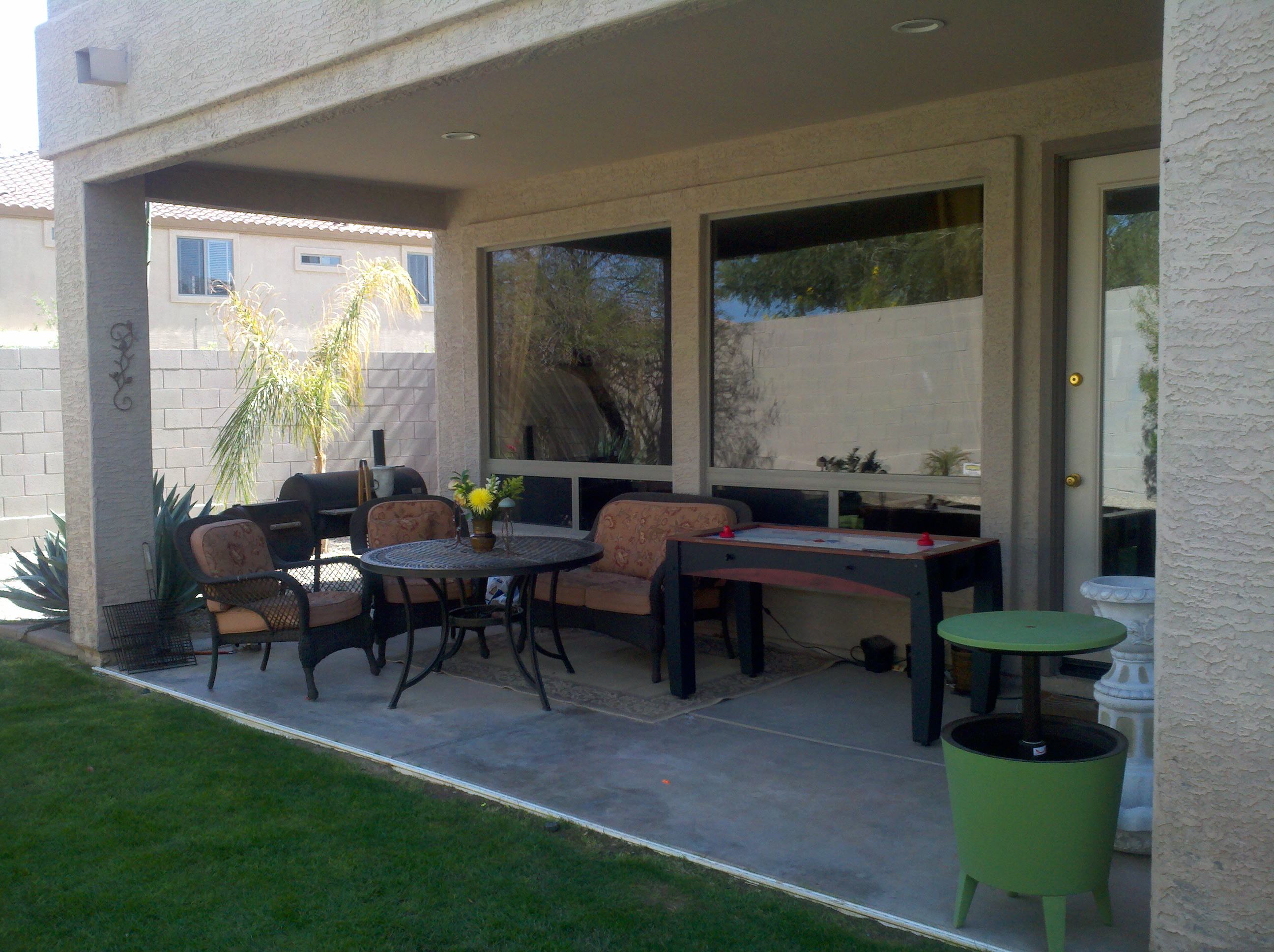 An Easy & Pleasing Patio Makeover - ManagedMoms.com on Patio Makeovers On A Budget id=93215
