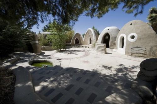 Pueblo de agua- Calearth- California