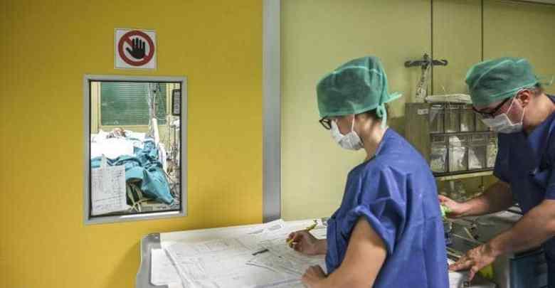 الأطباء في سباق مع زمن لإيجاد دواء ناجع لكورونا