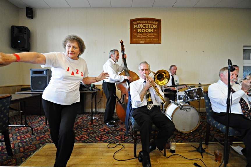Swanage Jazz Festival 2012. Excelsior Vintage Jazz Band. (c) Rob Schofield. (CC-A/ND) http://www.flickr.com/people/robschofield/