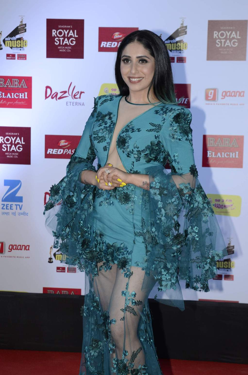HOT Celebs Dazzle At Mirchi Music Awards Event | Models | Actresses  mirchi music HOT Celebs Dazzle At Mirchi Music Awards Event | Models | Actresses Radio Mirchi Awards Red Carpet 14