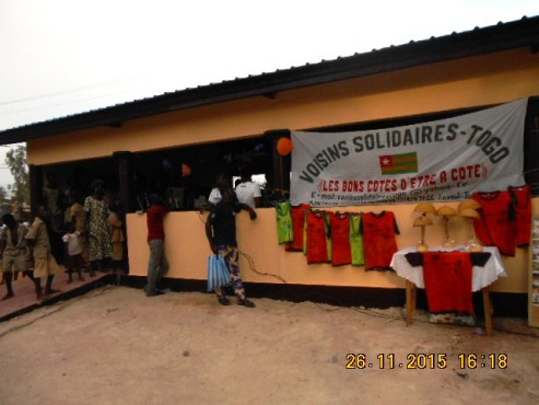 "Hangar USP Ségbébon - L'association ""Voisins solidaires-Togo"" et ses partenaires dotent l'USP Ségbé d'un hangar"