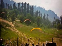 Paragliding in Solang Nullah
