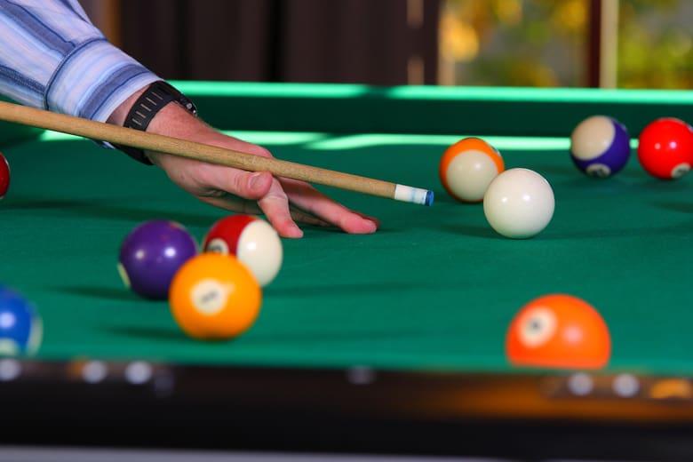 pool tips for beginners man cave kings. Black Bedroom Furniture Sets. Home Design Ideas
