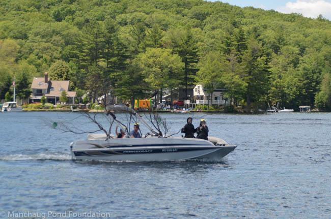 Manchaug Pond Foundatio Boat Decorating Contest