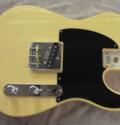 Esquire bakelite pickguard on Baja Telecaster body