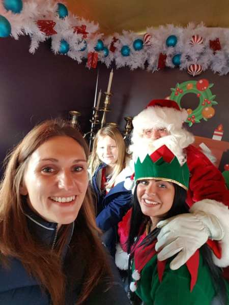 A-Christmas-Selfie-With-Santa