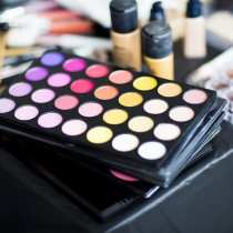 Makeup tray Glamour Beauty Festival