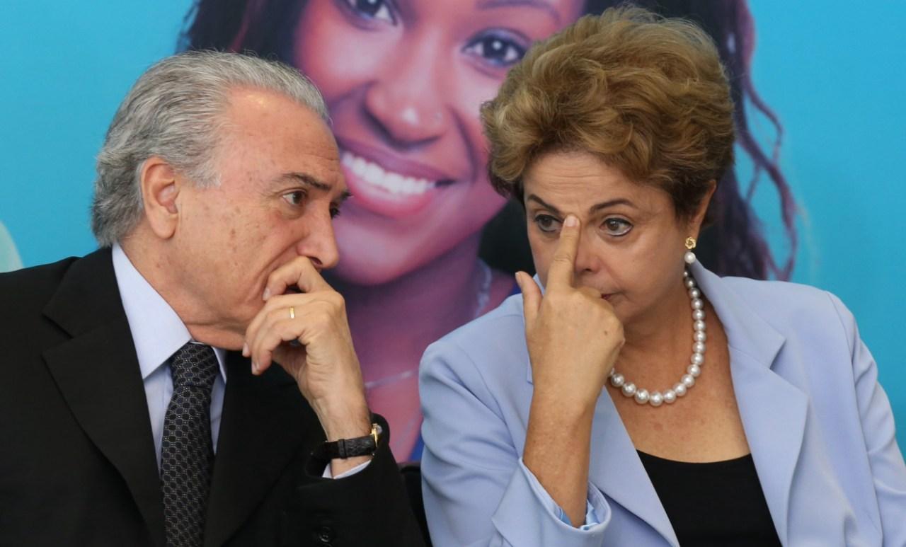 Como a mídia brasileira noticiou as votações na Câmara dos Deputados relativas ao afastamento e à investigação de dois presidentes da República, Dilma Rousseff e Michel Temer, que ocorreram em intervalo de um ano?
