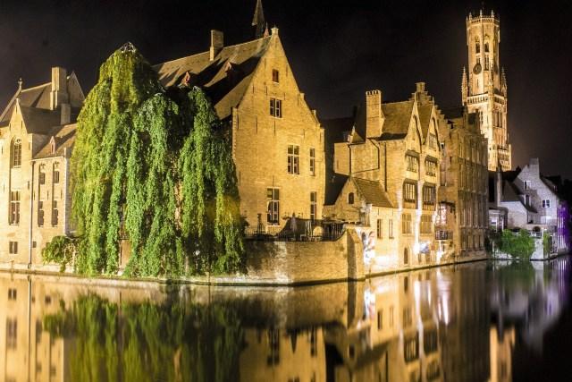 Bruges at night escorted motorhome tour