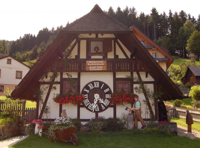 1. world largest cuckoo clock