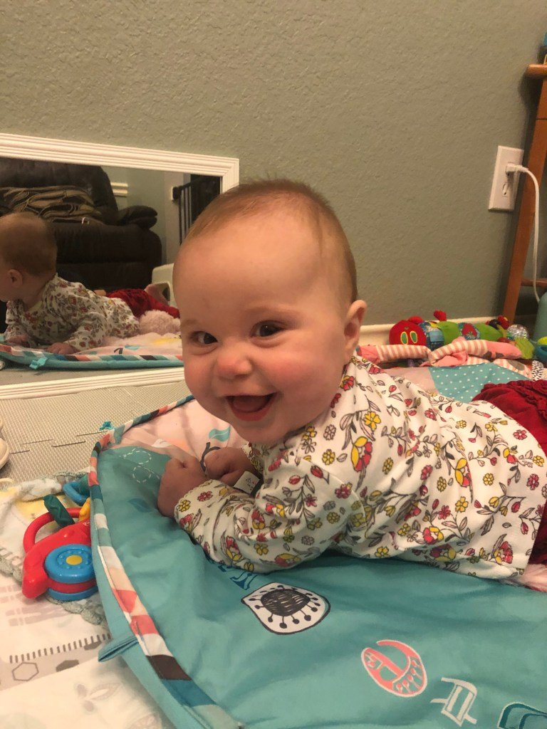 Identical Twins Monthly Update - Eight Months Old - www.mandamorgan.com