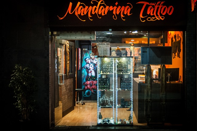Mandarina Tattoo Studio Fachada