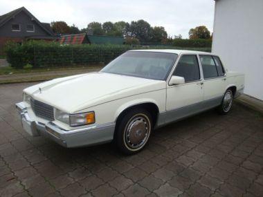 NOUVEAU +++ Cadillac Voiture d'occasion: Cadillac Deville 4,5L V8 Klima für 7999 € +++ Les meilleures offres | Berline, 98000 km, 1989, Essence, 155 CV, Beige | 136870651 | auto.de